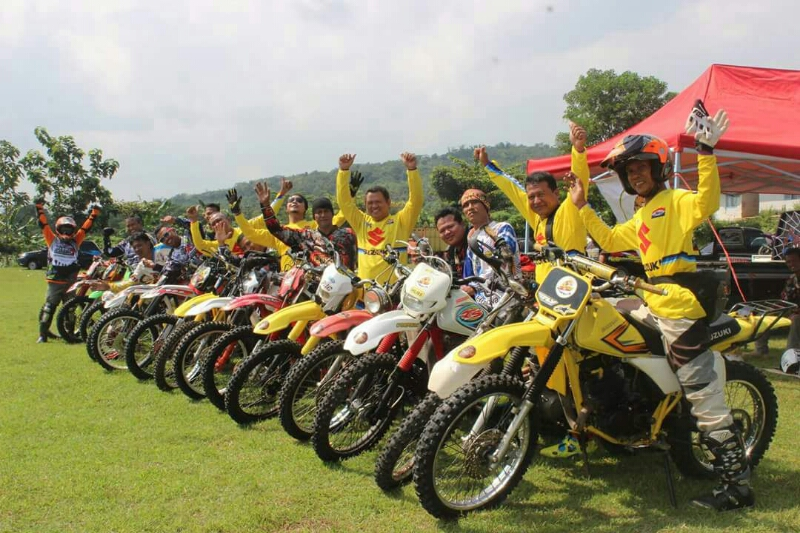 Para Penghobis TS 125 Yellow