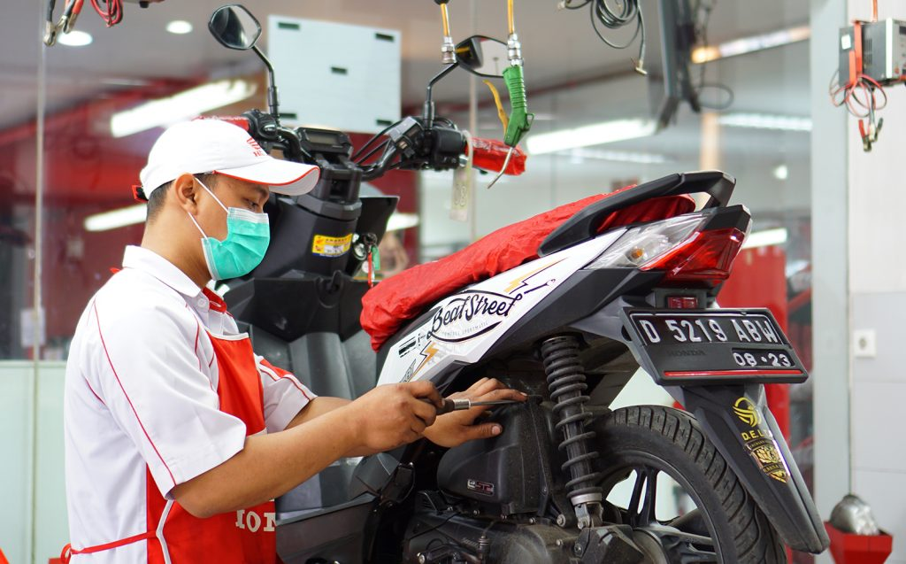 Tips Perawatan Sepeda Motor Agar Selalu Tetap Prima dan Awet   SHARE BERHARGA DARI DAYA ADICIPTA MOTORA… By Isfandiari MD