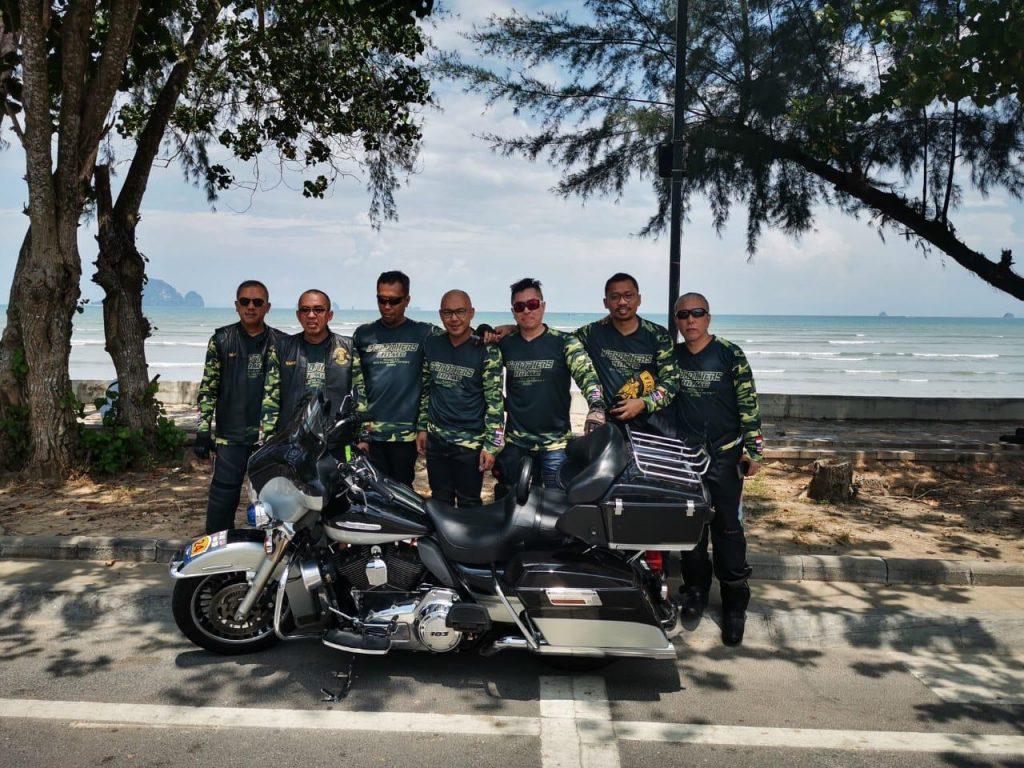 B'Brothers Indonesia Jelajahi Negeri Jiran dan Negeri Gajah Putih Sejauh 2572 Km, Kampanyelan Bintaro Motofest 2020. By Hel20