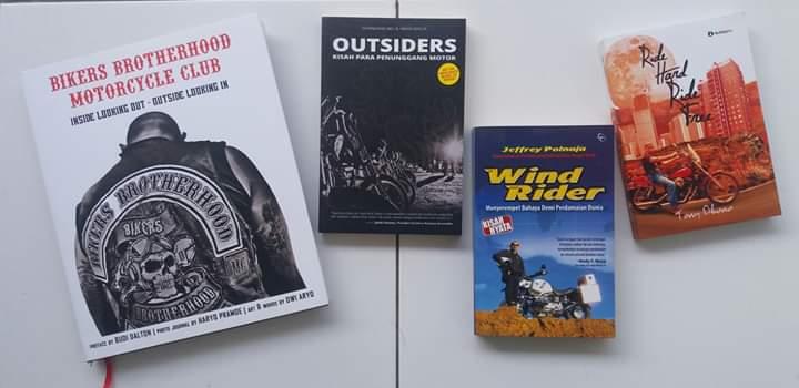 READ AND RIDE  Melek Literasi Kaum Bikers  by : Iwan Rasta