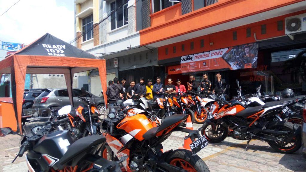 KTM Lampung Gelar KTM Orange Care – layanan service gratis dan oli gratis bagi pengguna KTM By Andy Qiting