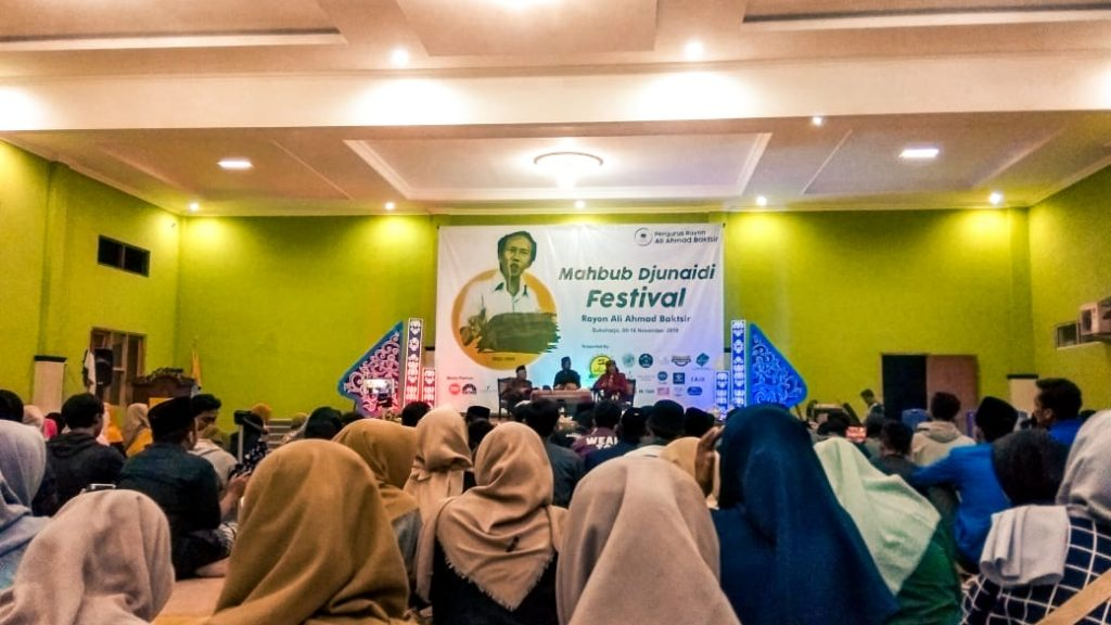 Mahbub Djunaidi Festival UJUD RESPECT DAN SUPPORT PADA MASTERMIND PERGERAKAN MAHASISWA ISLAM INDONESIA By Mochamad Nur Habib