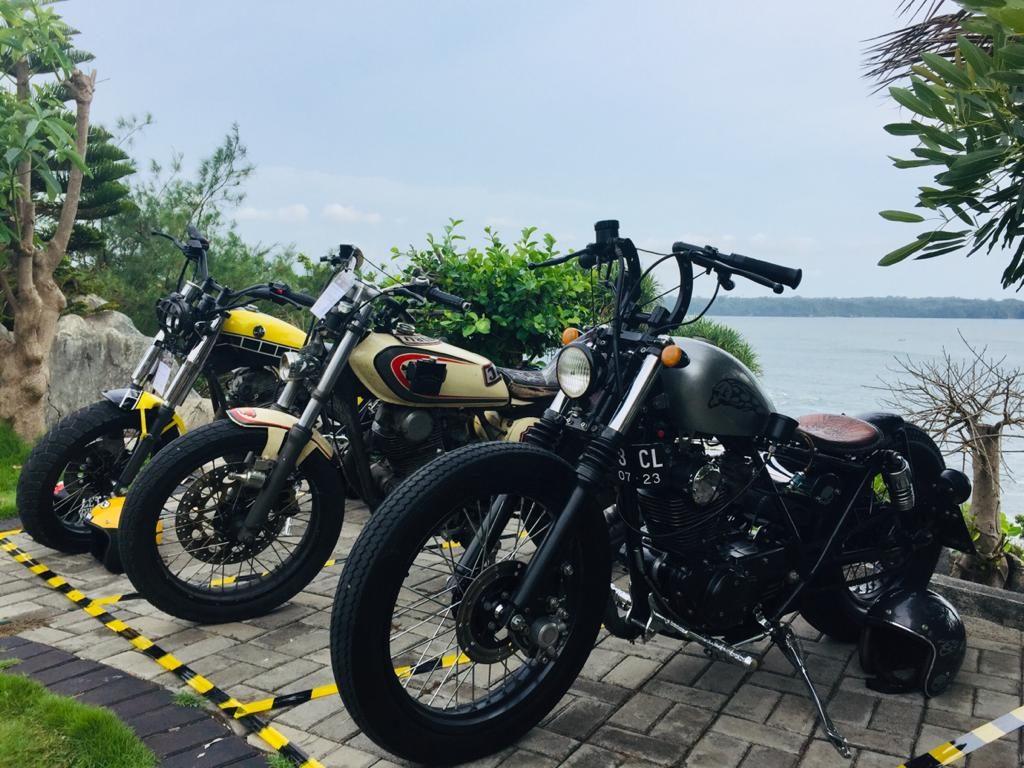Journal Journey Ridingread.com Jakarta-Karapyak Pangandaran IKUTAN KONTES MODIFIKASI BROTHERS IN ARMS DAN………By Isfandiari MD