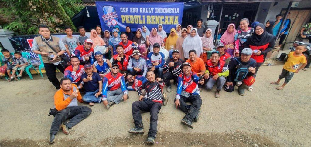 REAKSI CEPAT TEAM CRF 250 RALLY INDONESIA BANTU KORBAN BANJIR BANDANG DI LEBAK . By Satryo