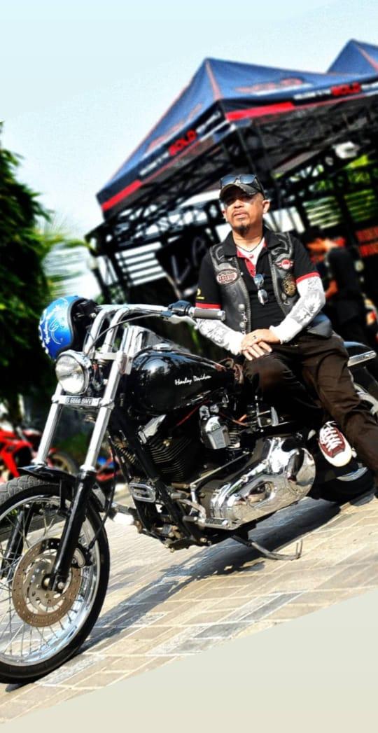 Harley Davidson Dyna 2000 (Bandung) MASTERMIND YANG SUKA MENJELAJAH By Isfandiari MD