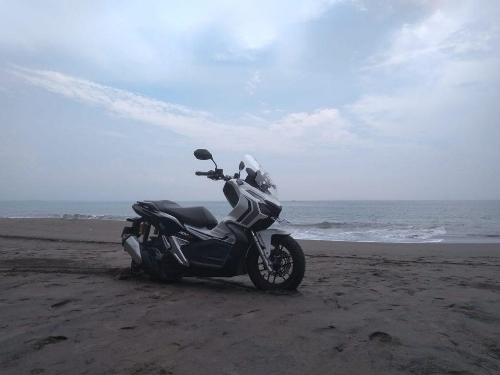 Nyiksa Honda ADV 150 Bandung – Batu karas                                                                                                                      by Satryo