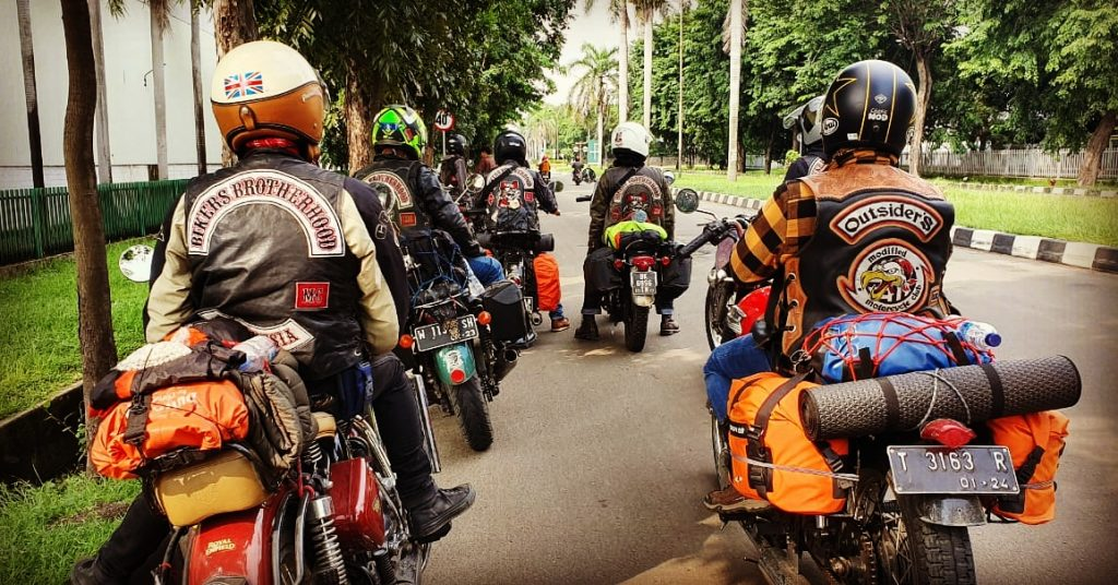 Rolling Hard Bandung-Aceh 2 Klub Etape 1 SATU LIFE MEMBERS MMC OUTSIDERS FEATURING 9 BIKERS BROTHERHOOD MC By Hery Qwoy