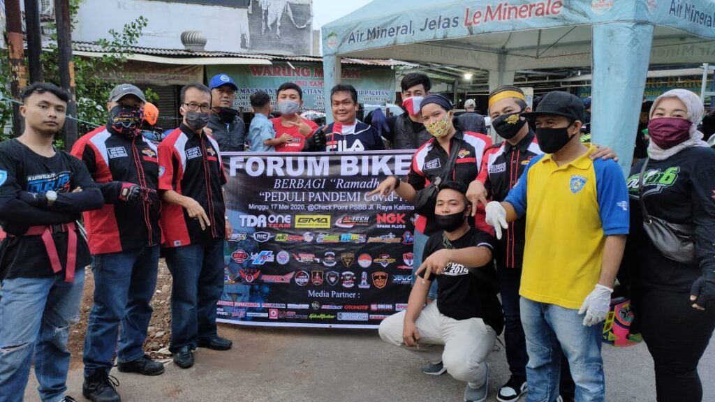 Forum Bikers Berbagi Ramadhan Peduli Pandemi Covid-19 by Adi Pro