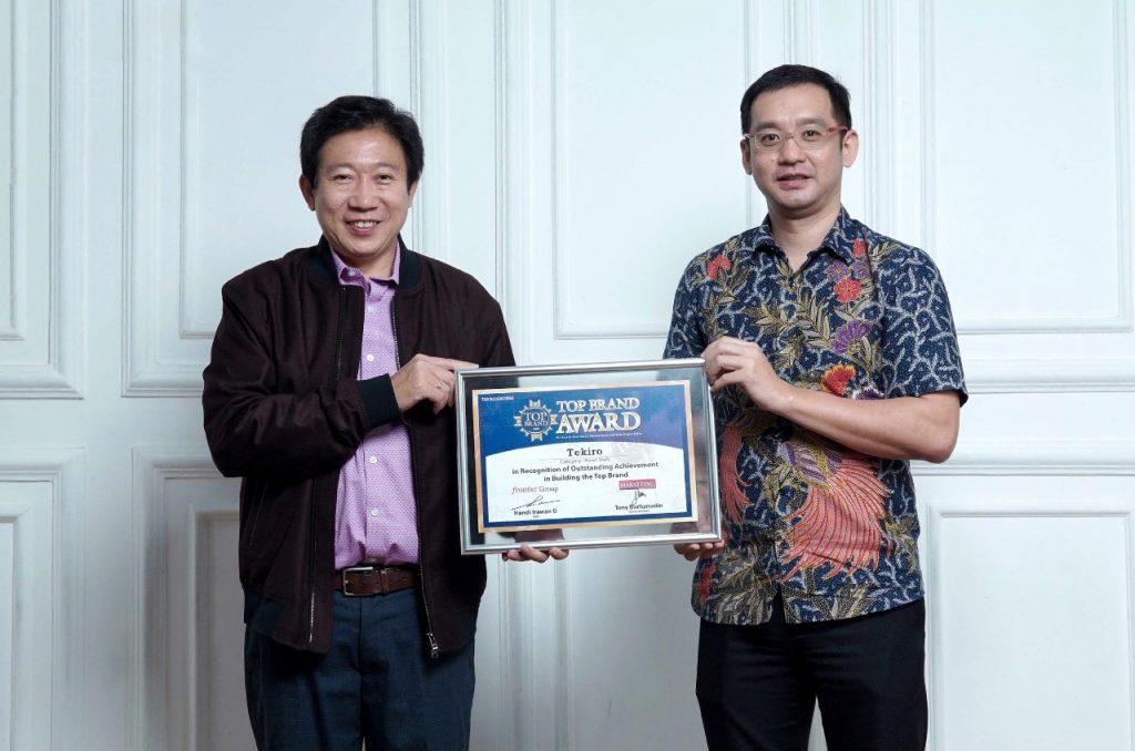 Tekiro Raih Top Brand Award Ke-6 Kalinya. Bukti Kepercayaan Konsumen by Denny Koi