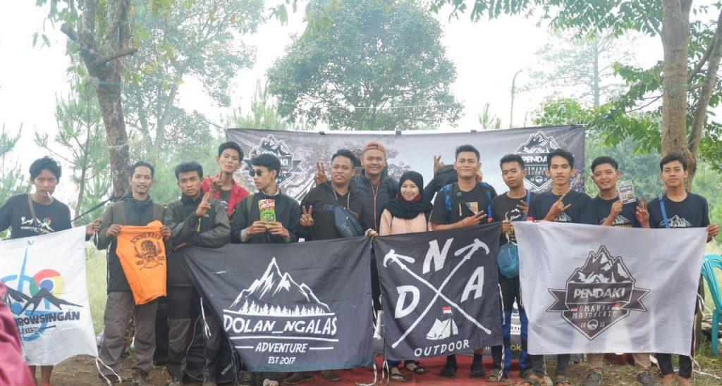 Komunitas Pendaki Omahan Anniversary Kesatu Bukit Krapyak Mojokerto