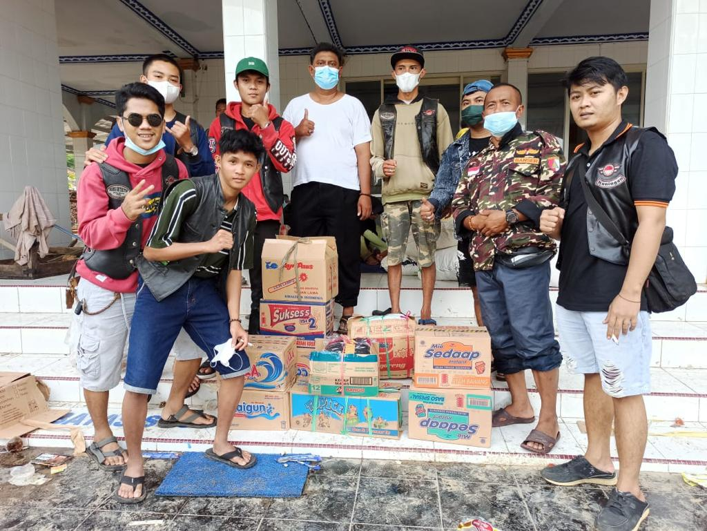 MMC Outsiders Indramayu Chapter Baksos By Defry De Condors