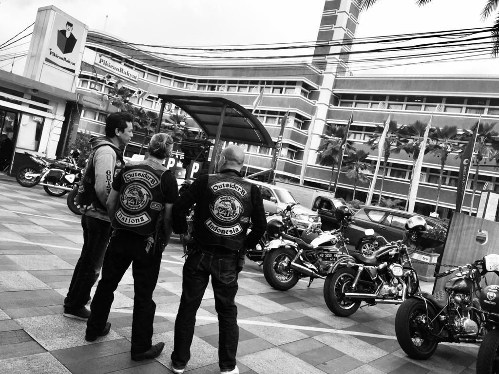 SURAT CINTA MMC OUTSIDERS NATIONZ UNTUK PAK POLISI…By Isfandiari MD