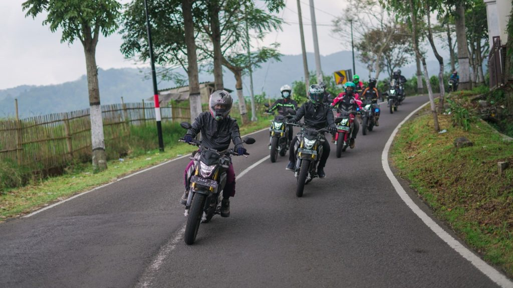 Serunya Touring Laki All New CB150R StreetFire