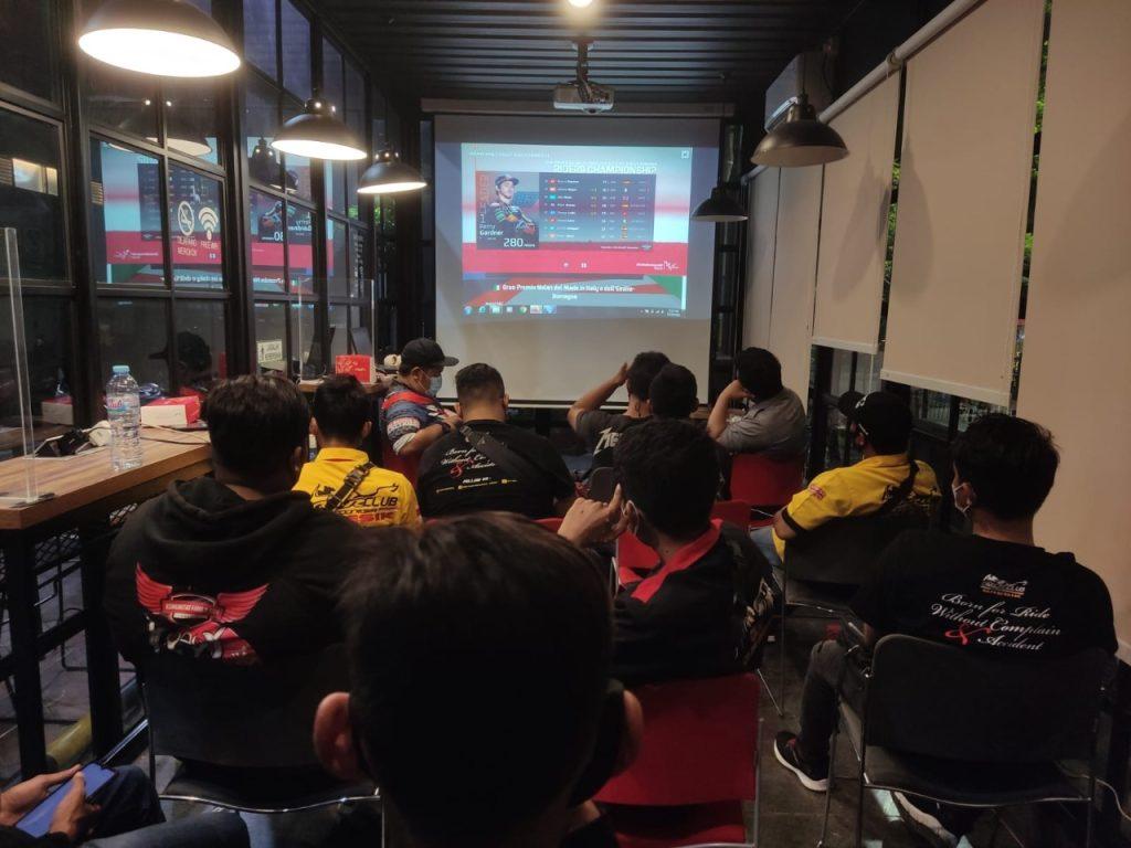 Dukung Pebalap Muda Indonesia Mario SA